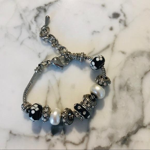 Pandora-like Bracelet with charms NEW